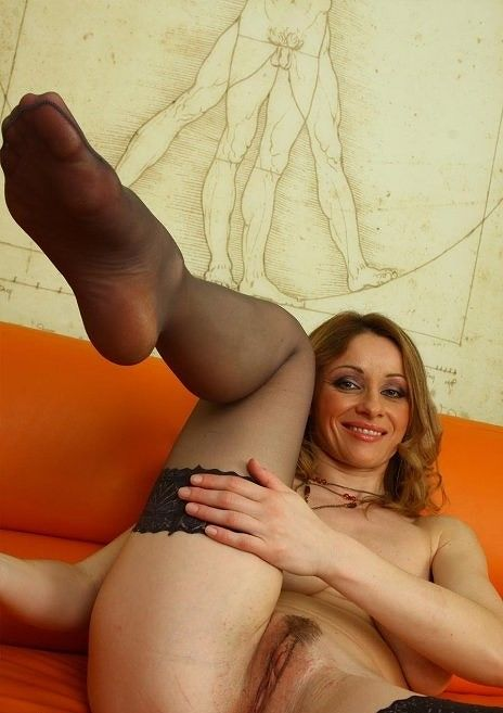 See And Save As Sexy Milf Valerie Porn Pict